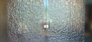 Tipos de cristales para puertas precios y catalogos online for Cristales translucidos para puertas