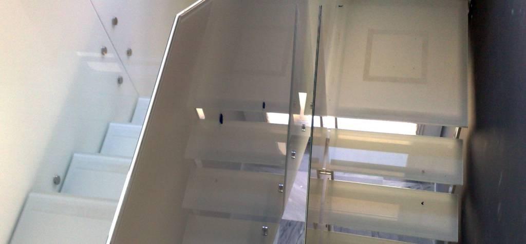 barandas de vidrio para escalera barcelona barandillas y pasamanos escaleras de cristal rellanos pasamanos escaleras barcelona