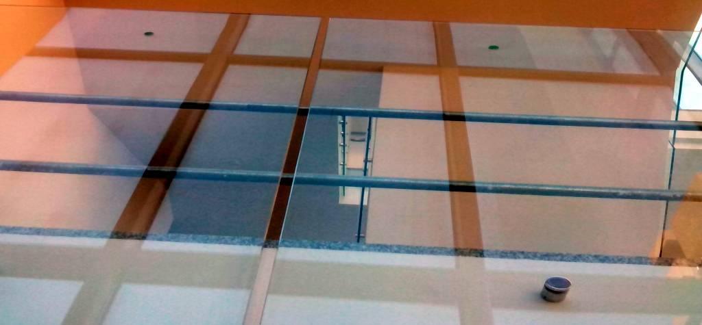 barandas de vidrio para escalera sevilla barandillas y pasamanos escaleras de cristal rellanos pasamanos escaleras sevilla