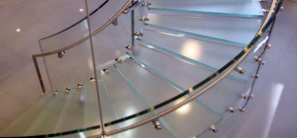 Escaleras de cristalPrecio escalera de cristal con peldaos de vidrio