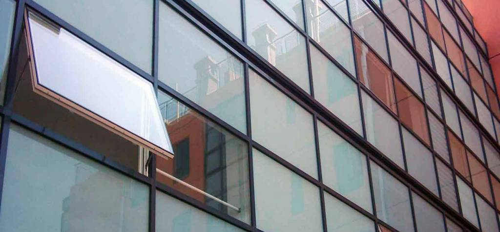 Muros cortina de vidrio estructural - Precio fachadas de cristal en Valencia