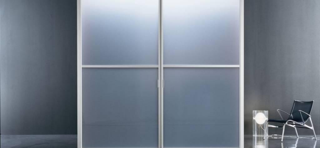 Puertas correderas de cristal para cocinas a medida for Puertas correderas de cristal