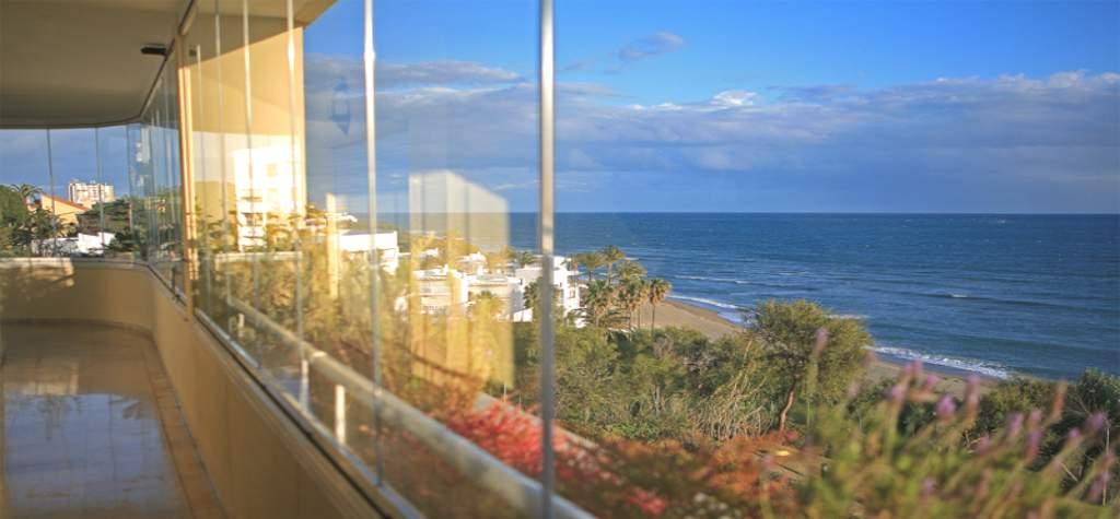 Barandillas de cristal para balcon en España