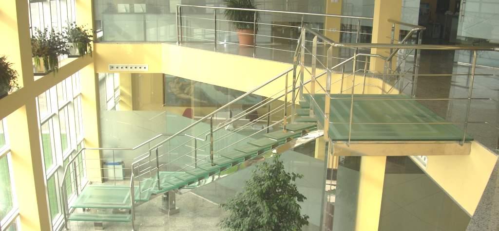 Barandillas de cristal precio cristales para barandillas for Barandillas escaleras interiores precios
