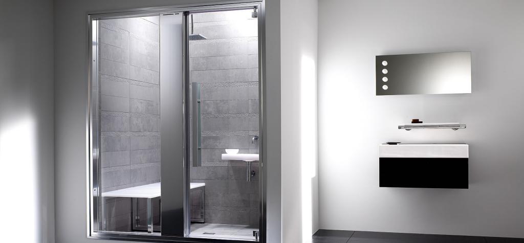 Mamparas de baño de cristal templado y aluminio