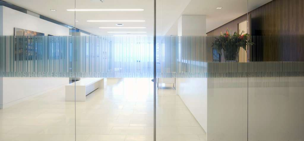 Puertas de cristal a medida modelo 5