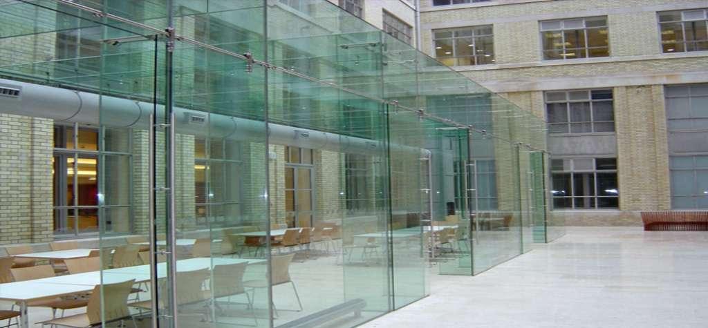 Puertas de cristal templado en España