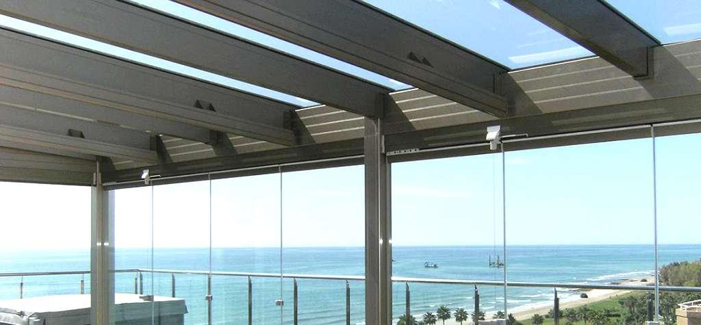 Techos de cristal precio cristales para techos for Cubiertas minimalistas