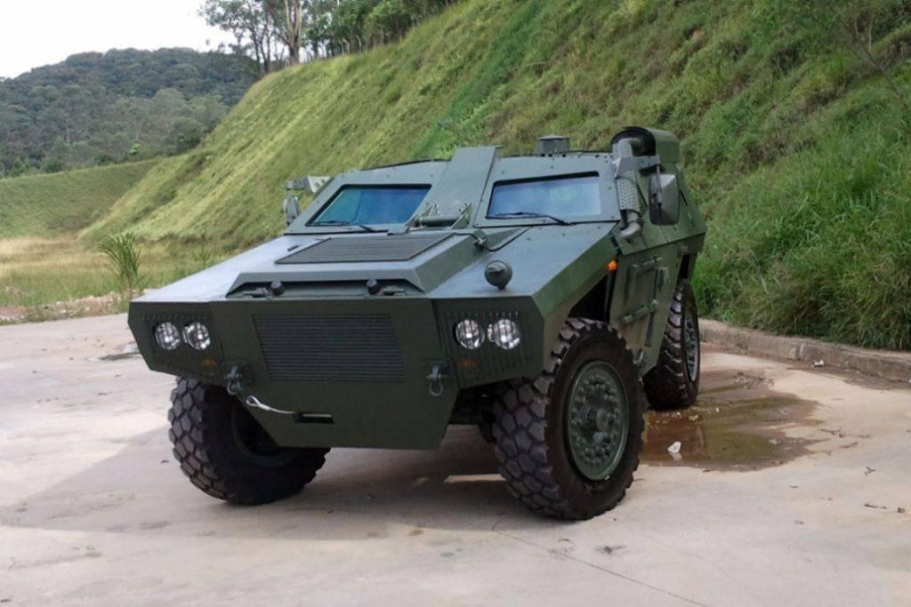 vehículo blindado ligero sobre ruedas 07